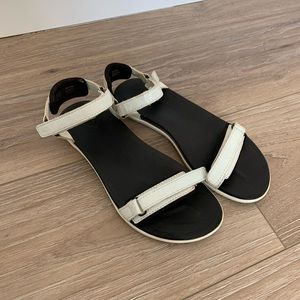 OluKai strap adjustable sandals. Size 7